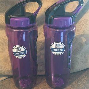 Tritan Cool Gear BPA-Free 32 FL OZ Tumblers - NWT